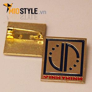 Xưởng nhận đặt làm huy hiệu logo cài áo ăn mòn kim loại ở tp hcm 21