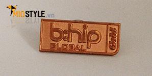Xưởng nhận đặt làm huy hiệu logo cài áo ăn mòn kim loại ở tp hcm 3