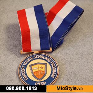 cơ sở sản xuất huy chương vàng đồng thể thao đặt làm kỷ niệm theo yêu cầu tphcm mề đay biểu trưng cúp bóng đá