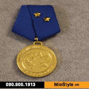 cơ sở sản xuất huy chương vàng đồng thể thao đặt làm kỷ niệm theo yêu cầu tphcm ngành giáo dục văn hoá trường đào tạo trường quốc tế sao việt vstar school