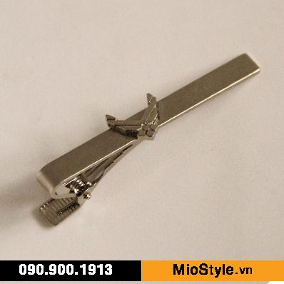sản xuất nhận đặt làm kẹp cà vạt caravat theo yêu cầu thiết kế tphcm