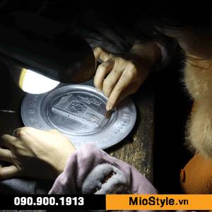 Quy trình sản xuất móc khoá kim loại cao cấp - làm khuông