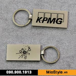 Cơ sở đặt làm móc khoá kim loại inox cao cấp sản xuất in theo yêu cầu KPMG