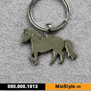 cơ sở đặt làm móc khoá kim loại theo yêu cầu cao cấp tphcm - móc khoá thái lan anime con ngựa