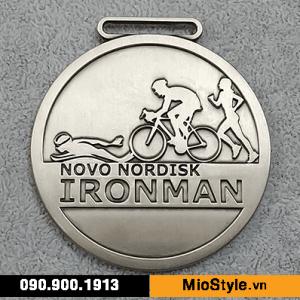 Sản xuất kỷ niệm chương kim loại, đặt làm huy chương theo yêu cầu tphcm