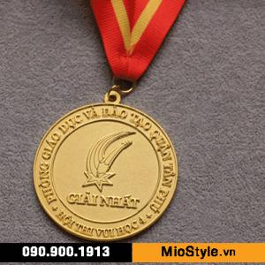 sản xuất kỷ niệm chương, đặt làm huy chương vàng bạc đồng theo yêu cầu, kỷ niệm chương họp lớp, khen thưởng học sinh giỏi