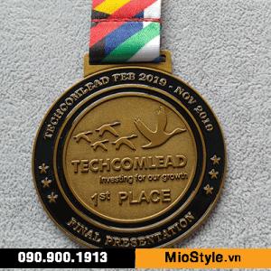 xưởng sản xuất huy chương tphcm nơi đặt làm huy chương tphcm, huy chương techcombank techcomlead